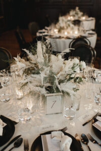 flower1 200x300 - 5 New Wedding Décor Trends for your Big Day