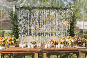 origami2 300x200 - 5 New Wedding Décor Trends for your Big Day