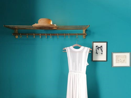 double x your wardrobe - Fabulous budget hacks to make your studio apartment spacious!